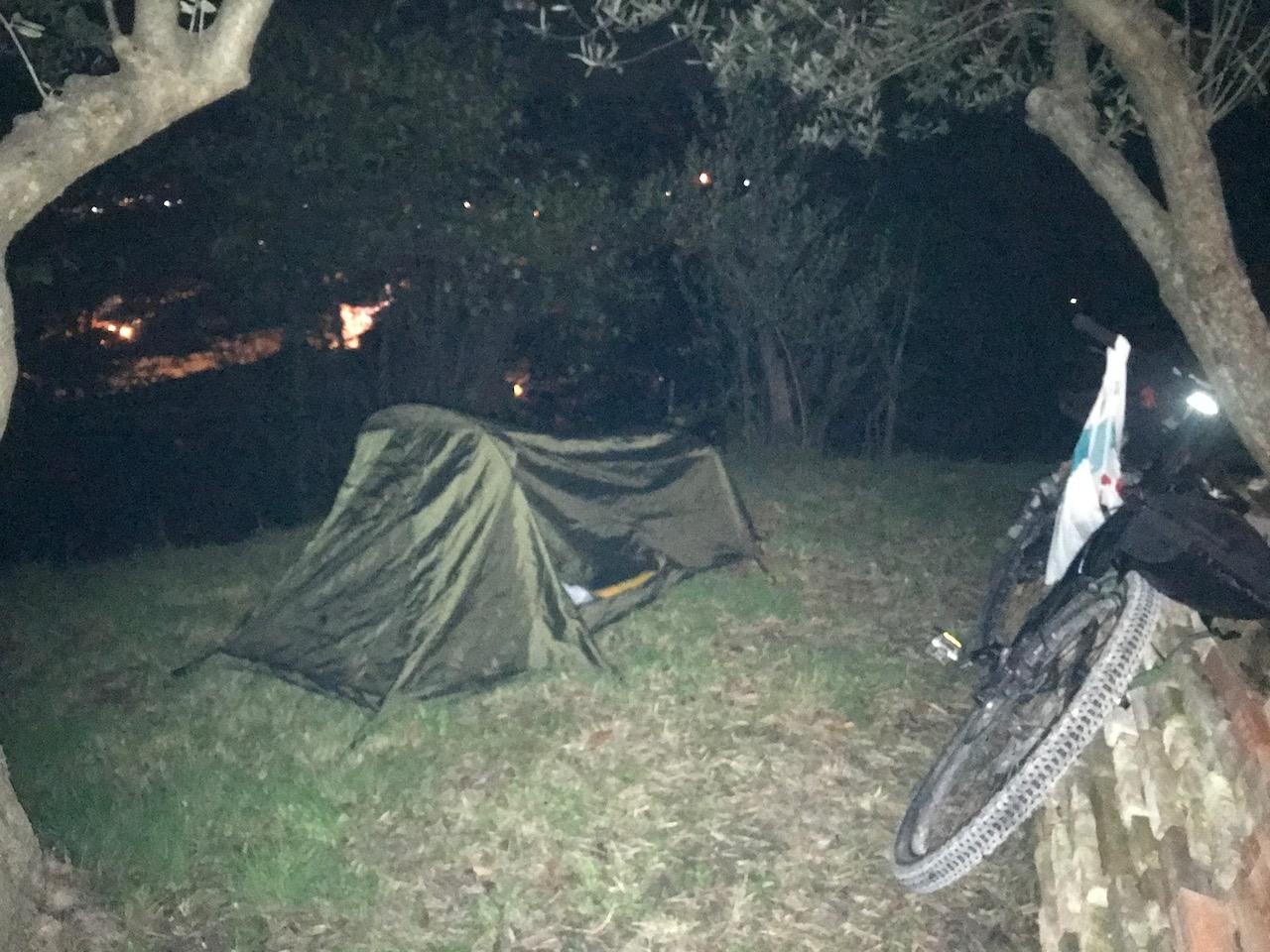 notte-in-tenda-a-San-Severino