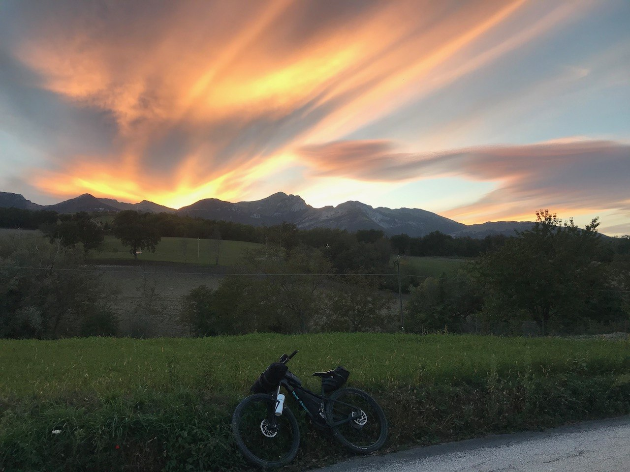 tramonto-fiabesco-a-Sarnano
