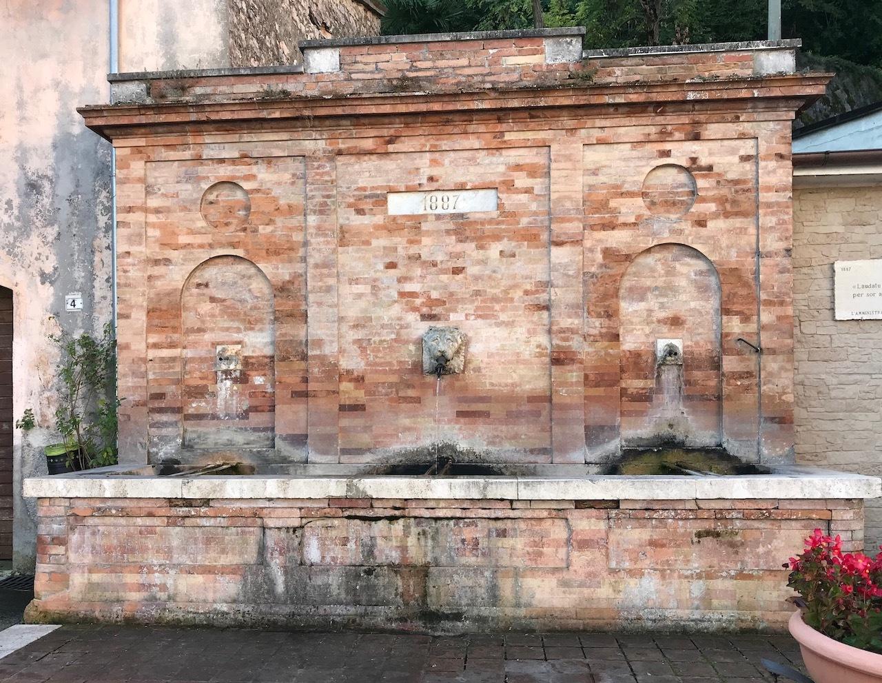 una-fonte-a-San-Severino