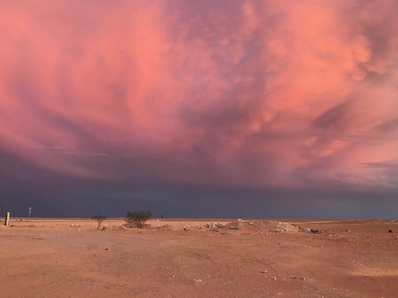 nuvole-al-tramonto-nel-parc-du-Jbil